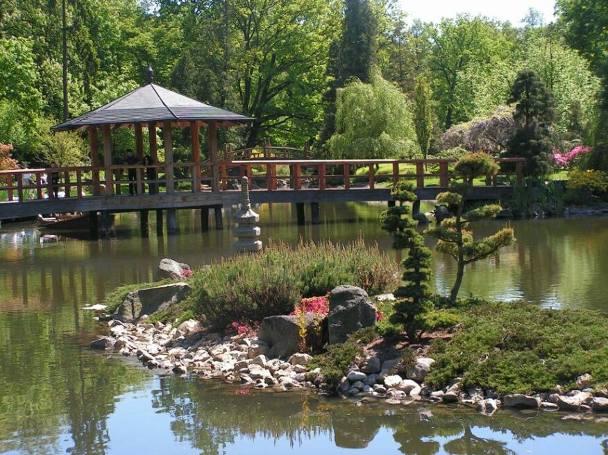 Japanese_garden_Wroclaw_bridge